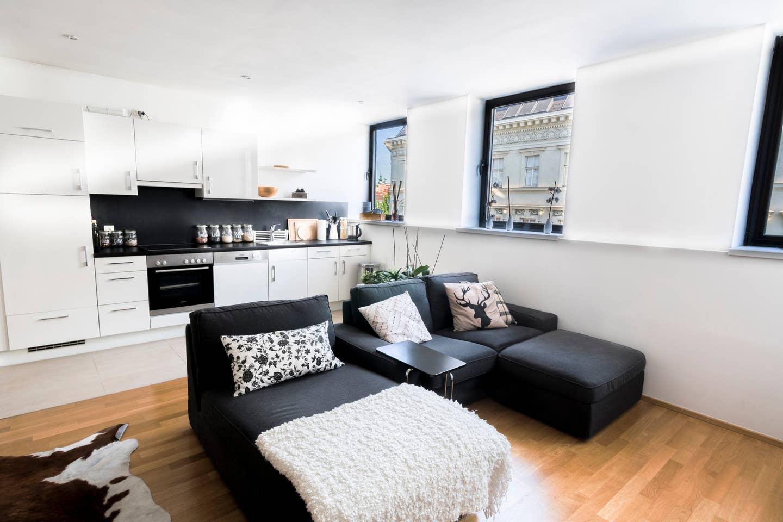 CHARMING Apartment near Naschmarkt and Center