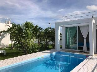 [プランブリー]一軒家(110m2)| 3ベッドルーム/2バスルーム Luxury White House in Phranburi.