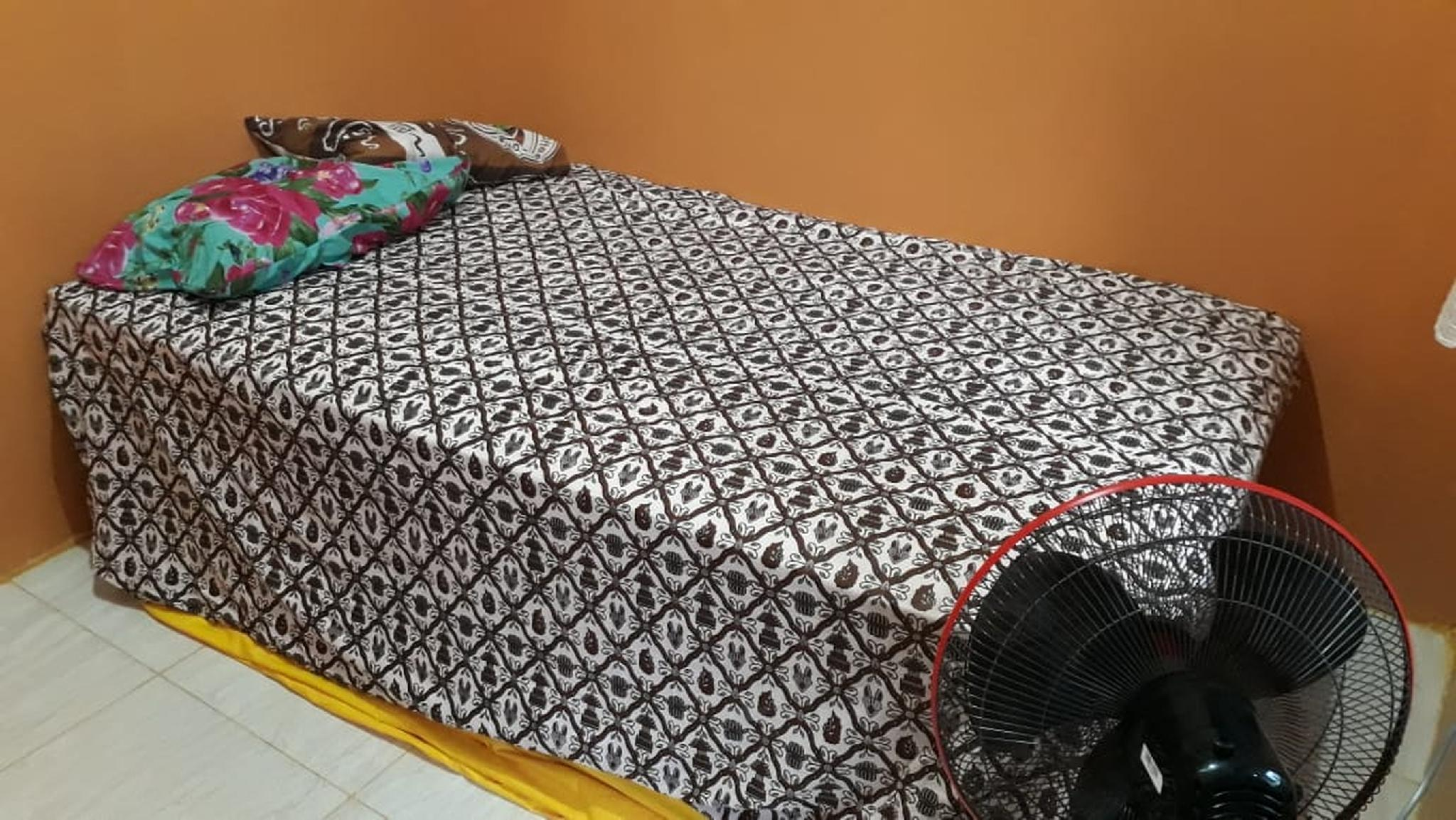 Affordable Room 10min away from Malioboro