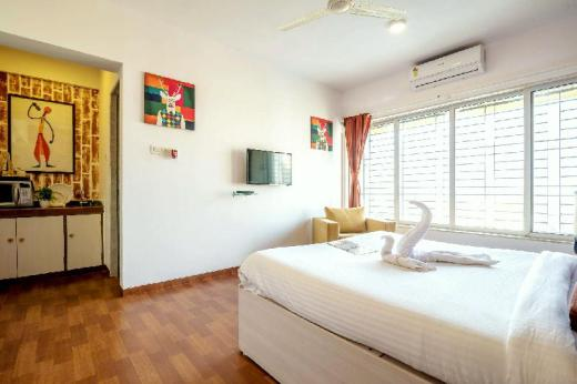 Airport View - Studio apartment