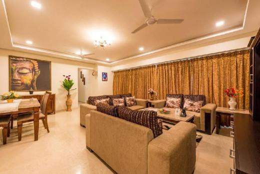 Cozy, spacious & luxurious room at Malad East
