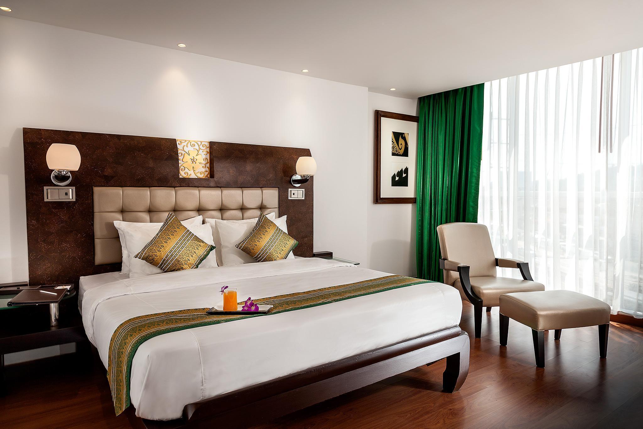 Luxury Room At Orawana Holistel