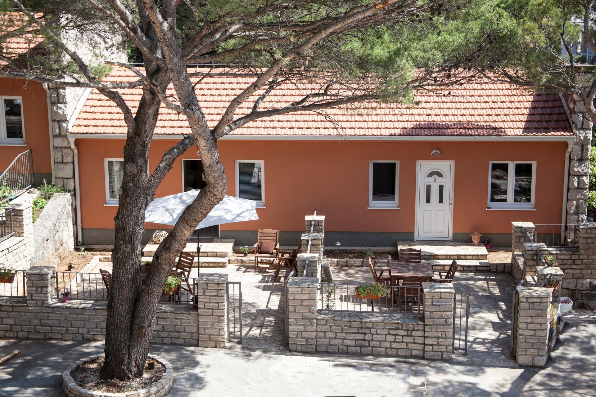 Apartments Camp Makarska