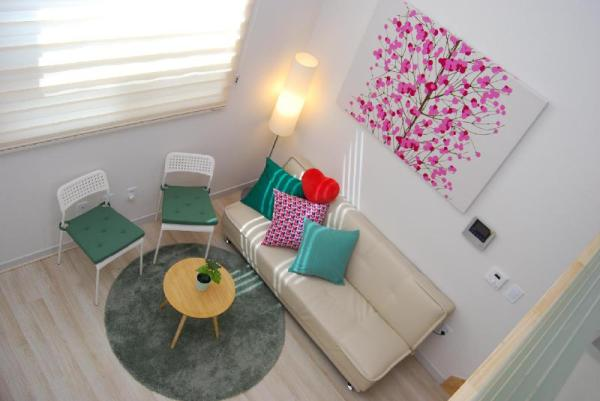 Lovely studio Sinchon,Hongdae Seoul