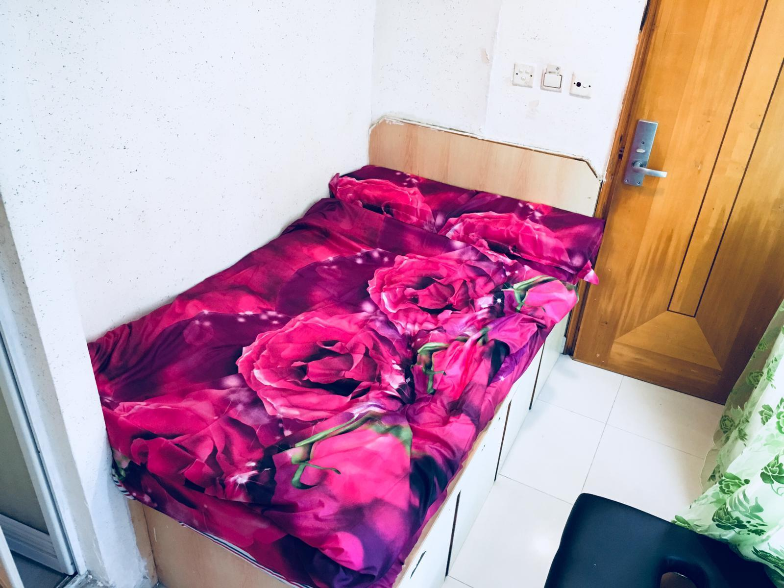 Room For Tourist In Tsim Sha Tsui Convent Location