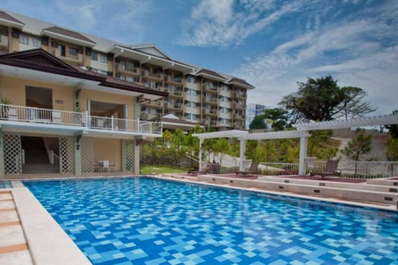 Cozy 2BR A + Pool  Near Abreeza And SM Lanang