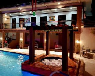 picture 3 of Villa Frances Hot Spring Resort