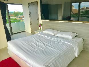 Apartment R-Con Wongamat 1