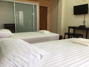 Siriwaree Place Twin bed