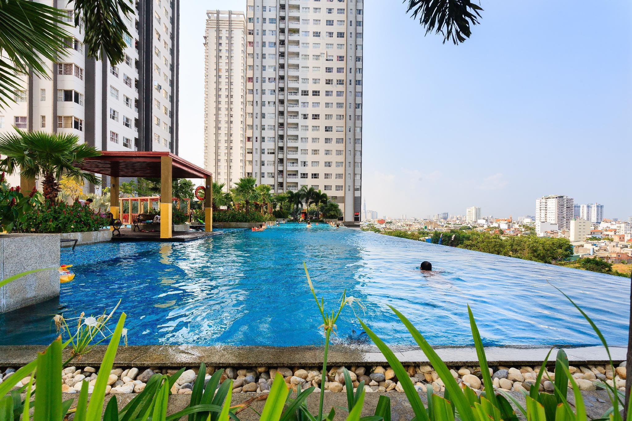 Sunrise City  Luxury 2BR  Infinity Pool 18th
