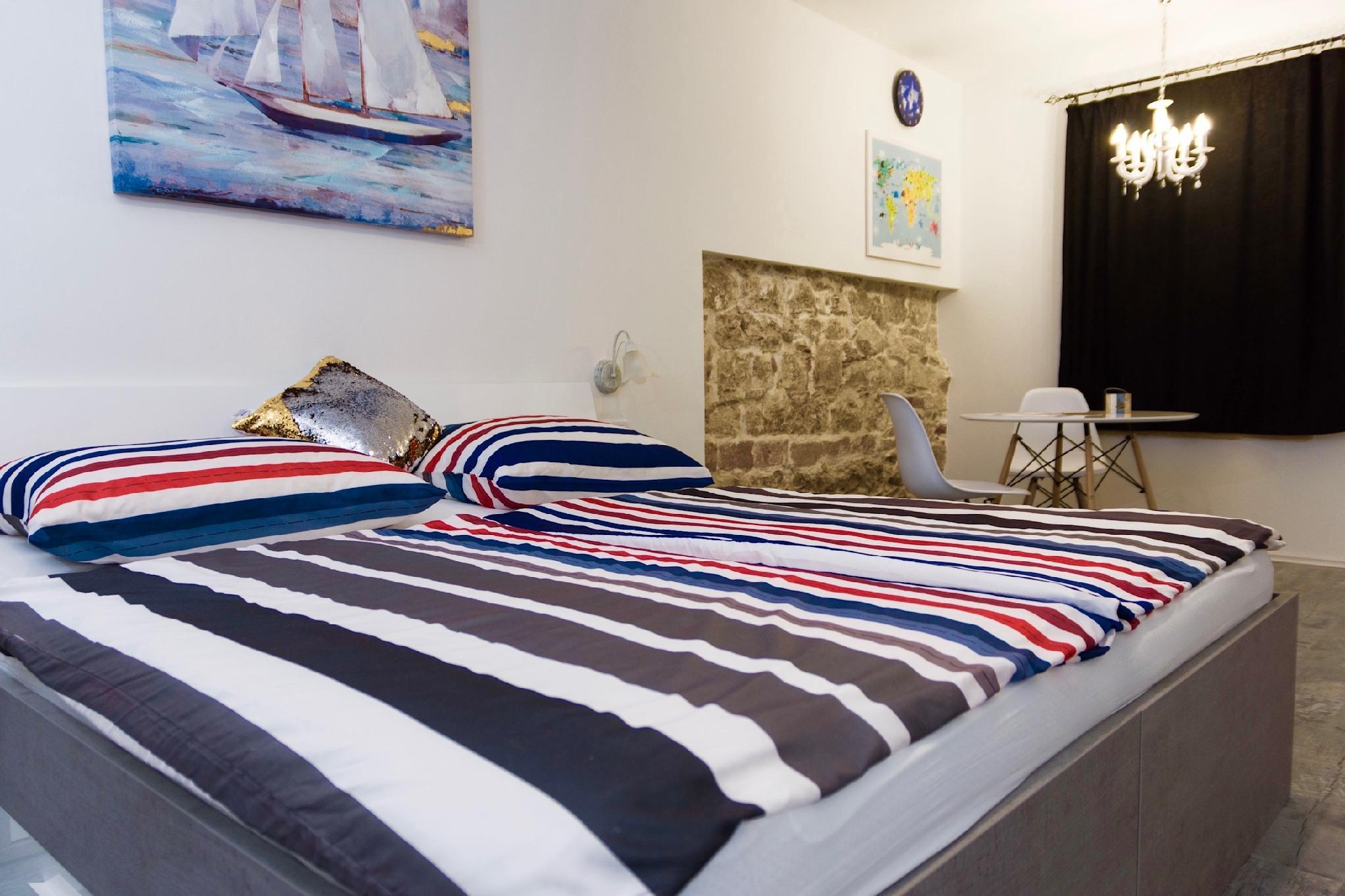 Luxury Apartment 2 Near Beach And Diocletian Palace.