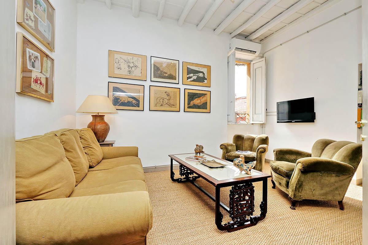 Spanish Steps Lovely Apartment