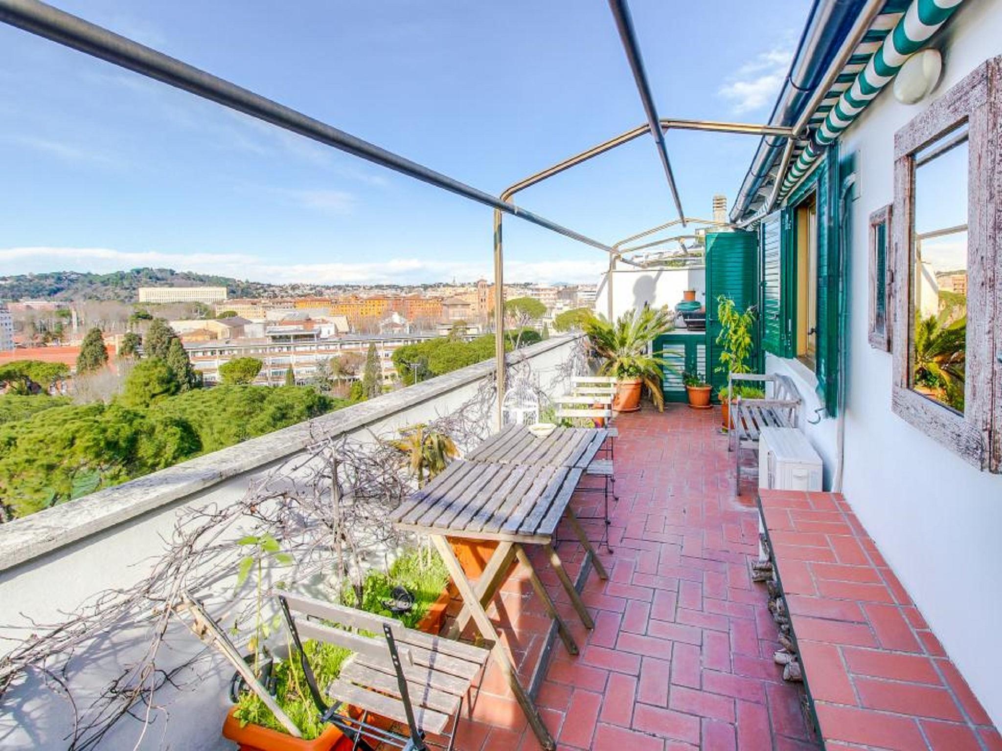 Flaminia Panoramic Apartment S&AR