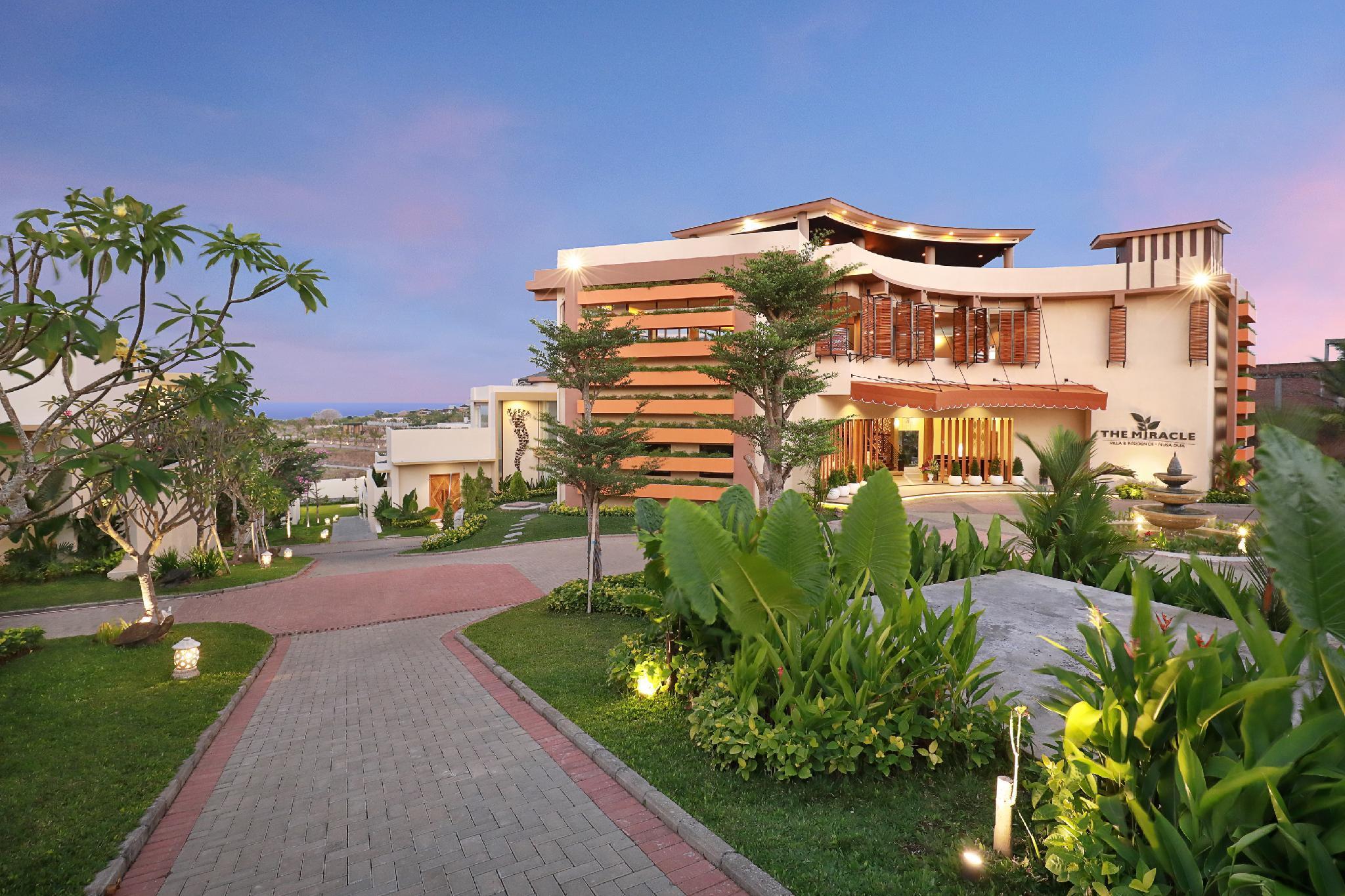 Three Bedrooms Luxury Villa At The Miracle Villas