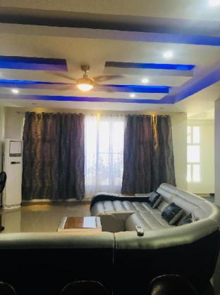 picture 3 of 6 BEDROOM POOL VILLA