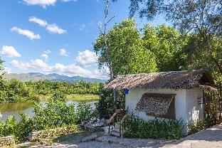 picture 2 of aZul Zambales beachfront house