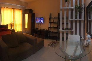picture 3 of relaxing studio unit in resort-themed condominium