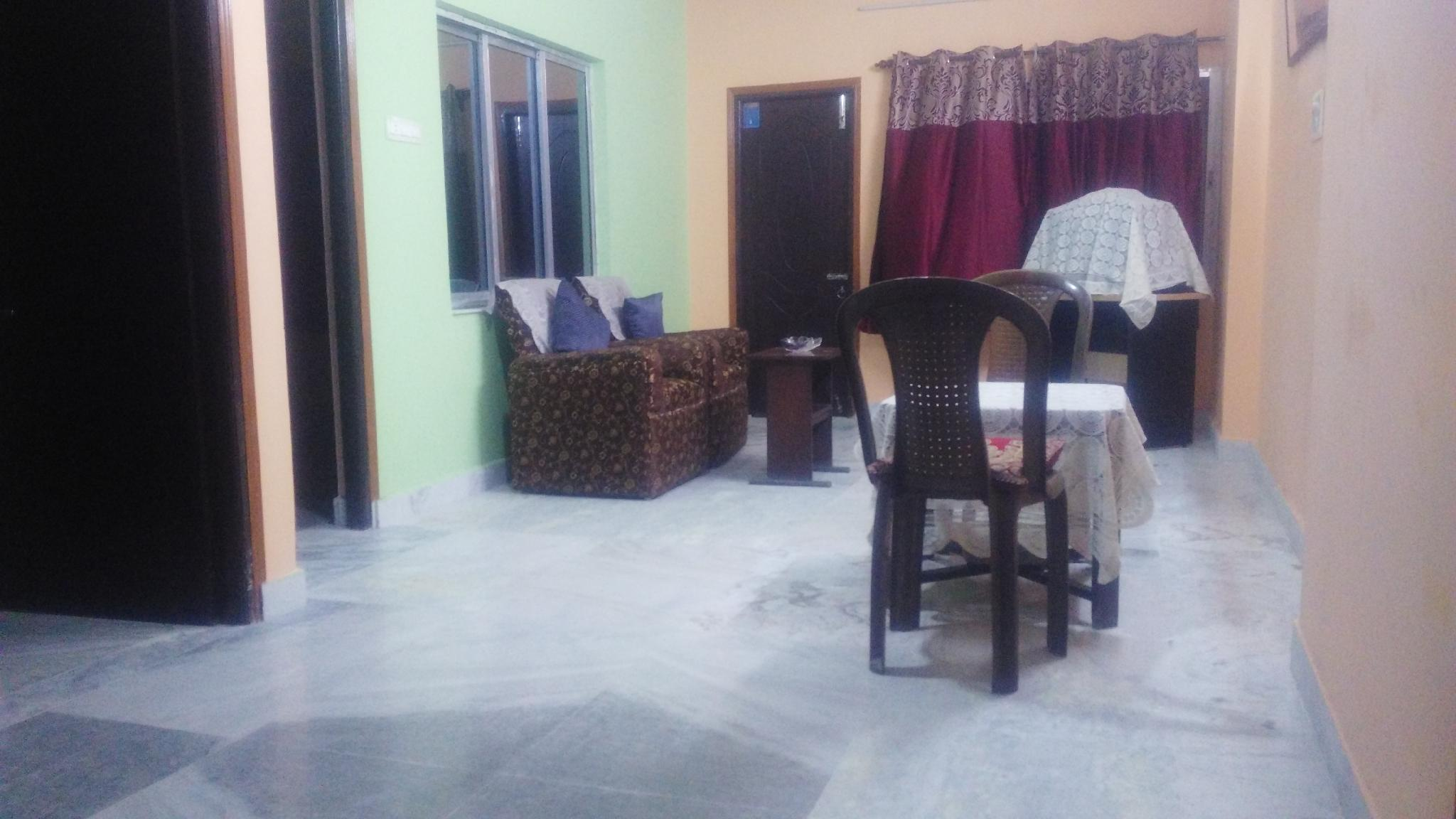 Comfortable Home Stay In A Quiet Neighborhood