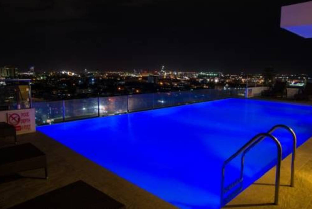 picture 1 of MABOLO GARDEN A4  FREE POOL GYM WIFI NEAR MALL