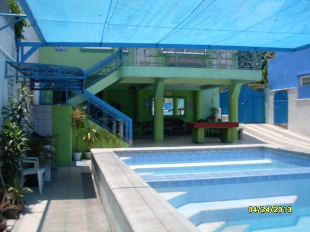 Private Hot Springs Resort In Laguna