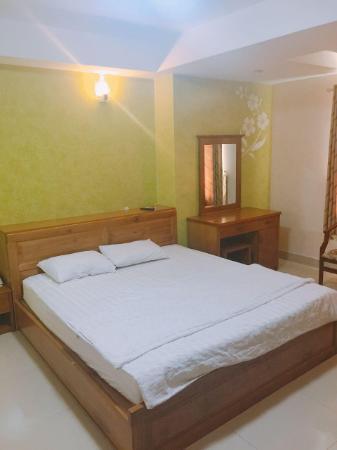 The moon hotel Ho Chi Minh City