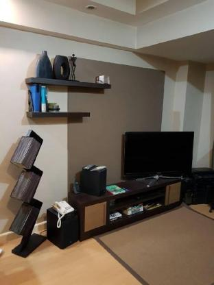 picture 1 of 1 br at bgc