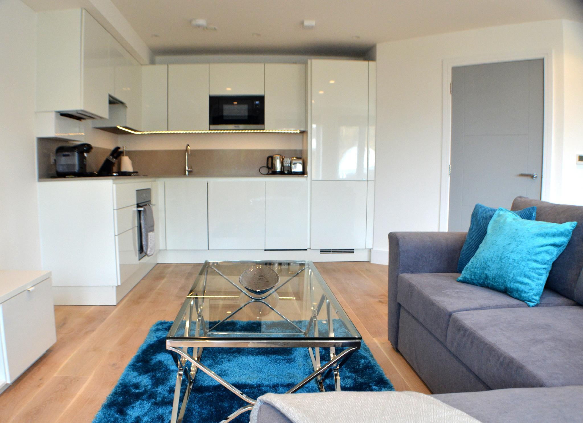 Stunning Two Bed Bed Apartment Reviews