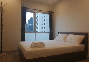 %name Sathorn11 Cozy1BR rooftop Pool GYM BTS Close Silom กรุงเทพ