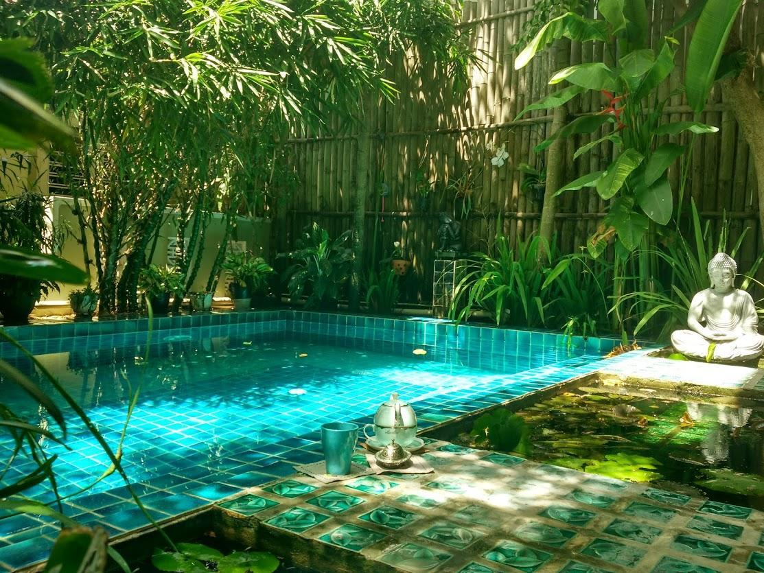 Central Cottage   Swimming Pool And Garden