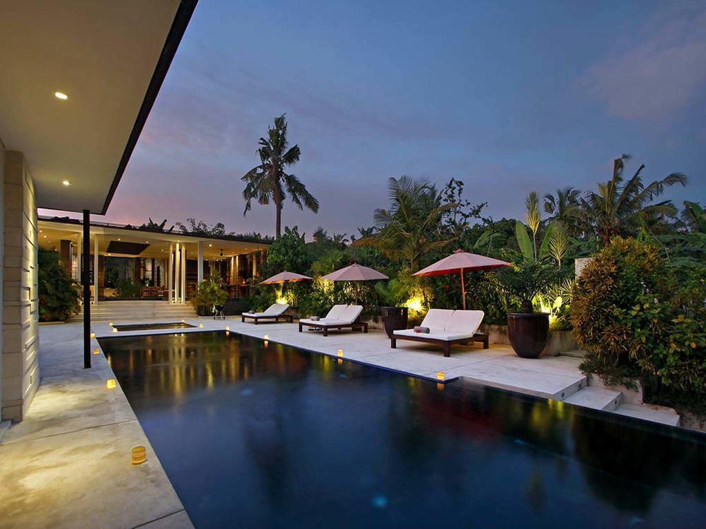 5BDR Villas Beautiful Garden View In Canggu