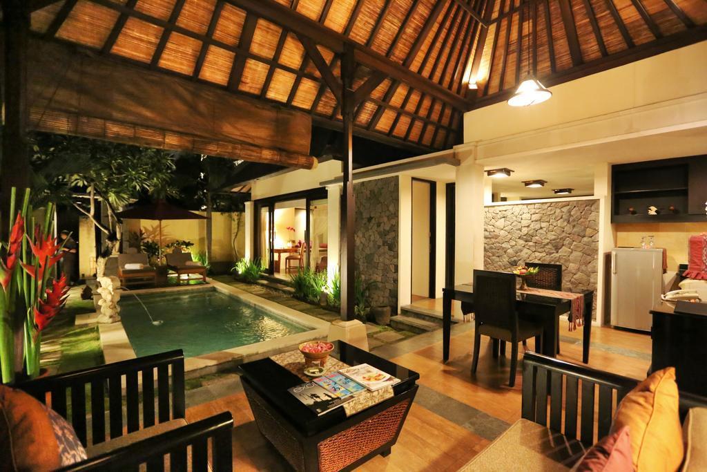OBR Royal Villa With Private Pool In Seminyak