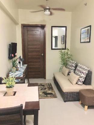 picture 1 of 1 BR Apt fully furnished