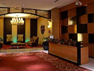 picture 3 of Golf View 1BR at BGC Burgos Circle/St. Lukes WiFi
