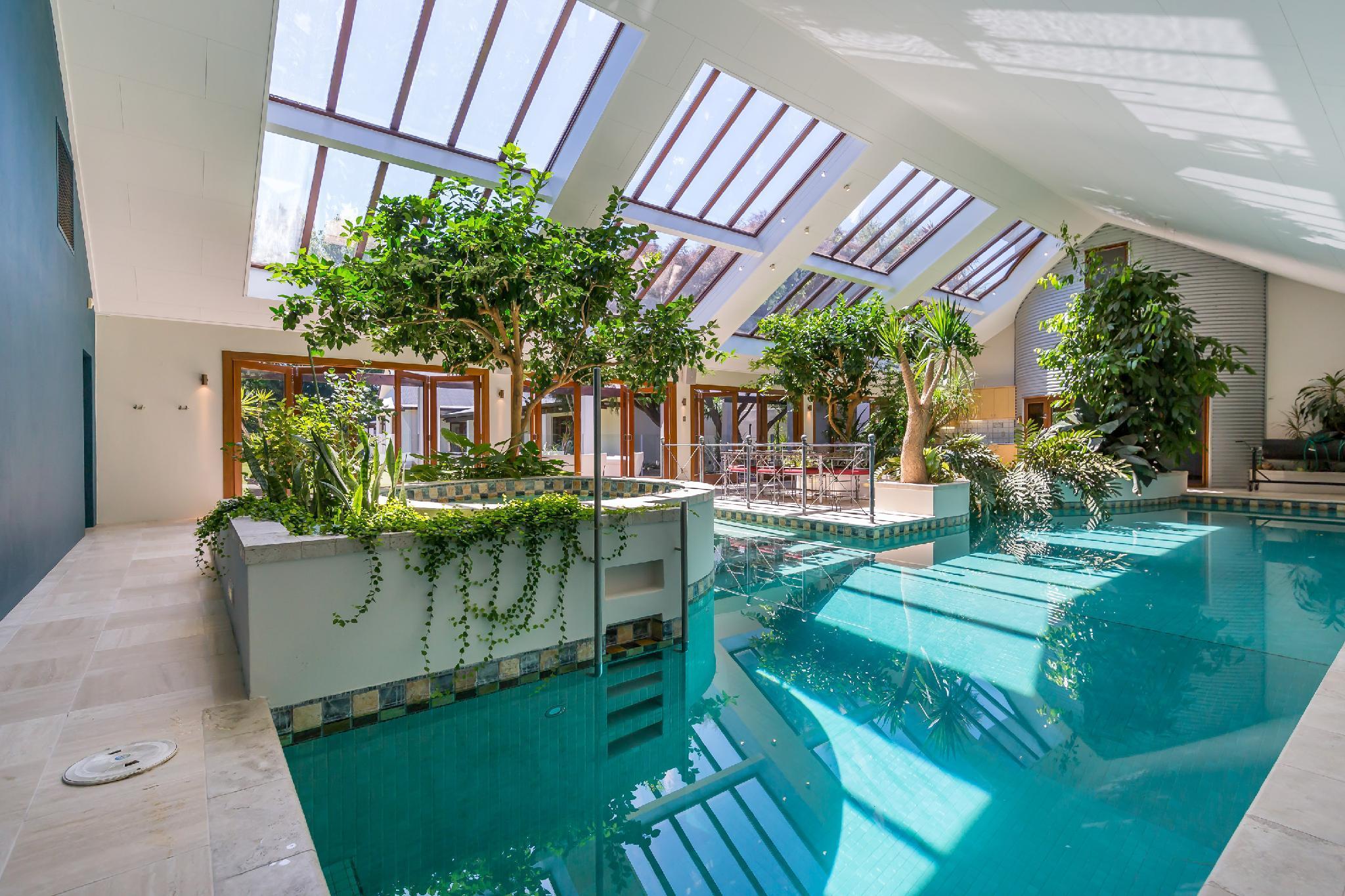 Bond Estate Luxury Accommodation