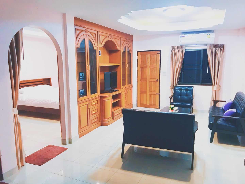Marin House Hostel