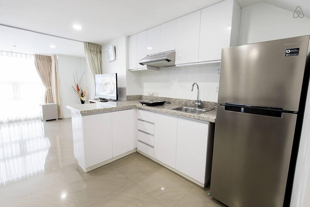 1BR 46sqm Luxury Condominium