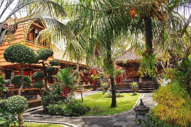 Jero Delod Kedungu by Istanaya
