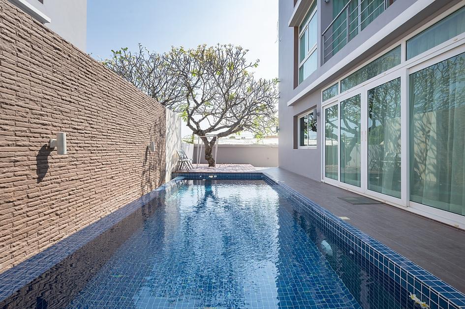Pool villa at Hun hin (Luxury)