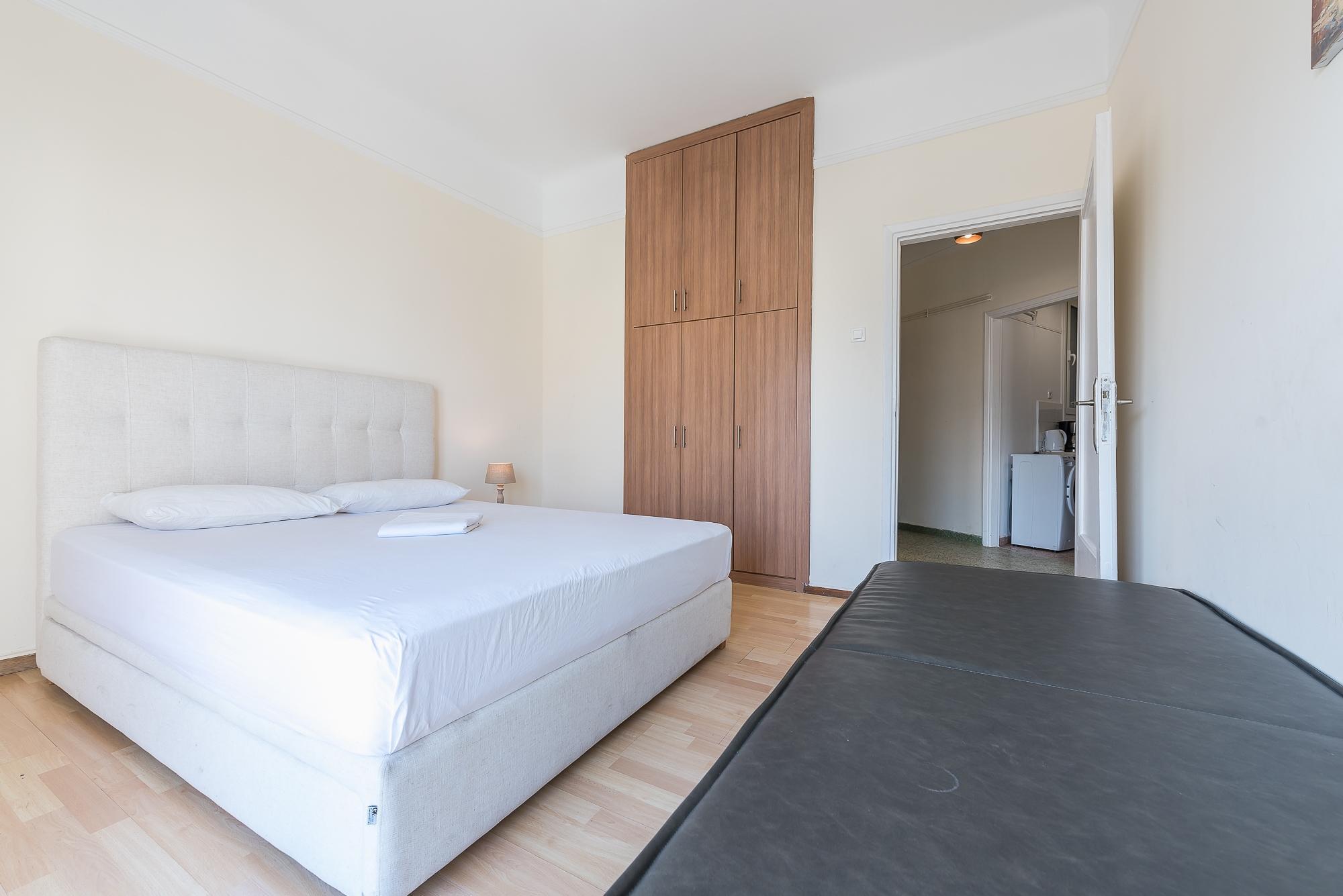 Super Paradise Apartment  3b
