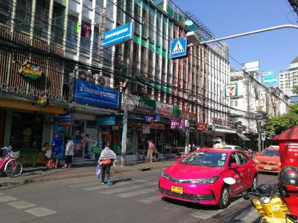 Private Cosy Room near MRT Lumpini At Sathorn Bangkok