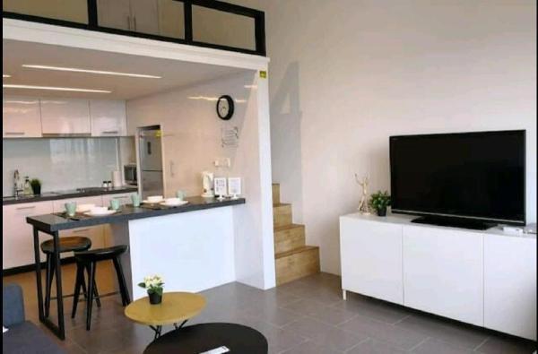 EST Luxury Loft Suites - linked to Bangsar LRT Kuala Lumpur