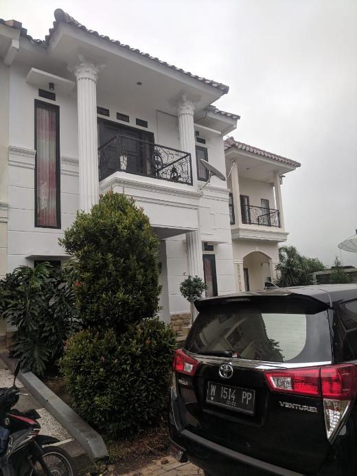 Qianna 2, cozy villa beside museum angkut