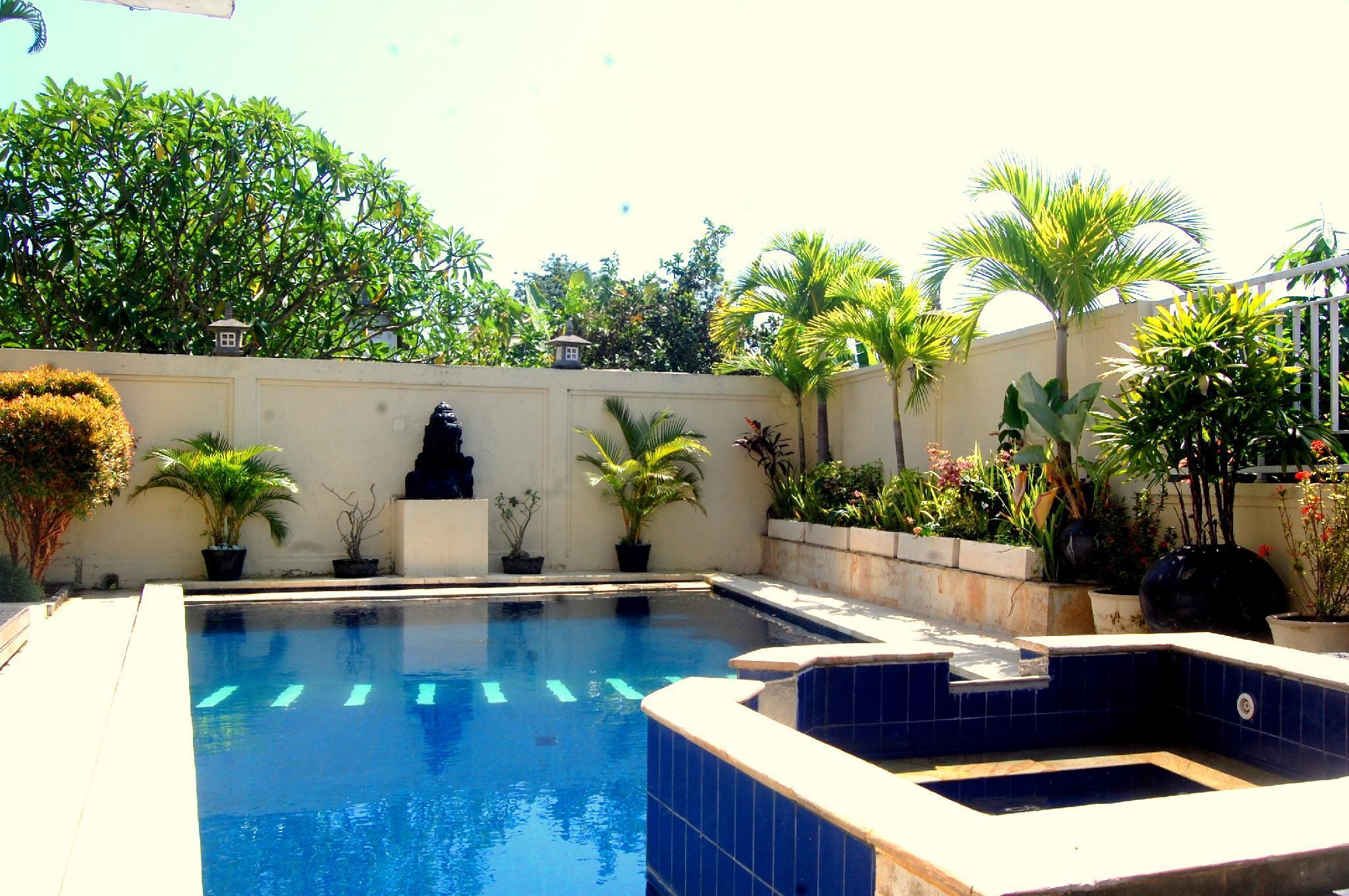 Private Double Room Villa Tentram 1