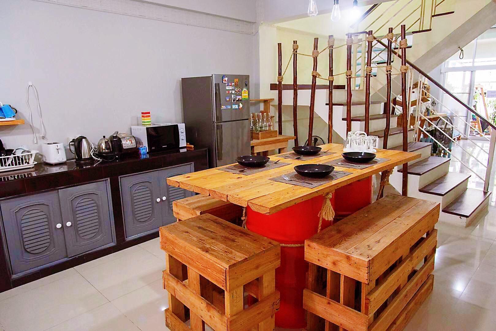 Chiang Mai Tonghua 2 House วิลลา 4 ห้องนอน 5 ห้องน้ำส่วนตัว ขนาด 300 ตร.ม. – นิมมานเหมินทร์