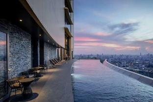 [スクンビット]アパートメント(45m2)| 1ベッドルーム/1バスルーム High Floor/ Luxury Sky swimming pool