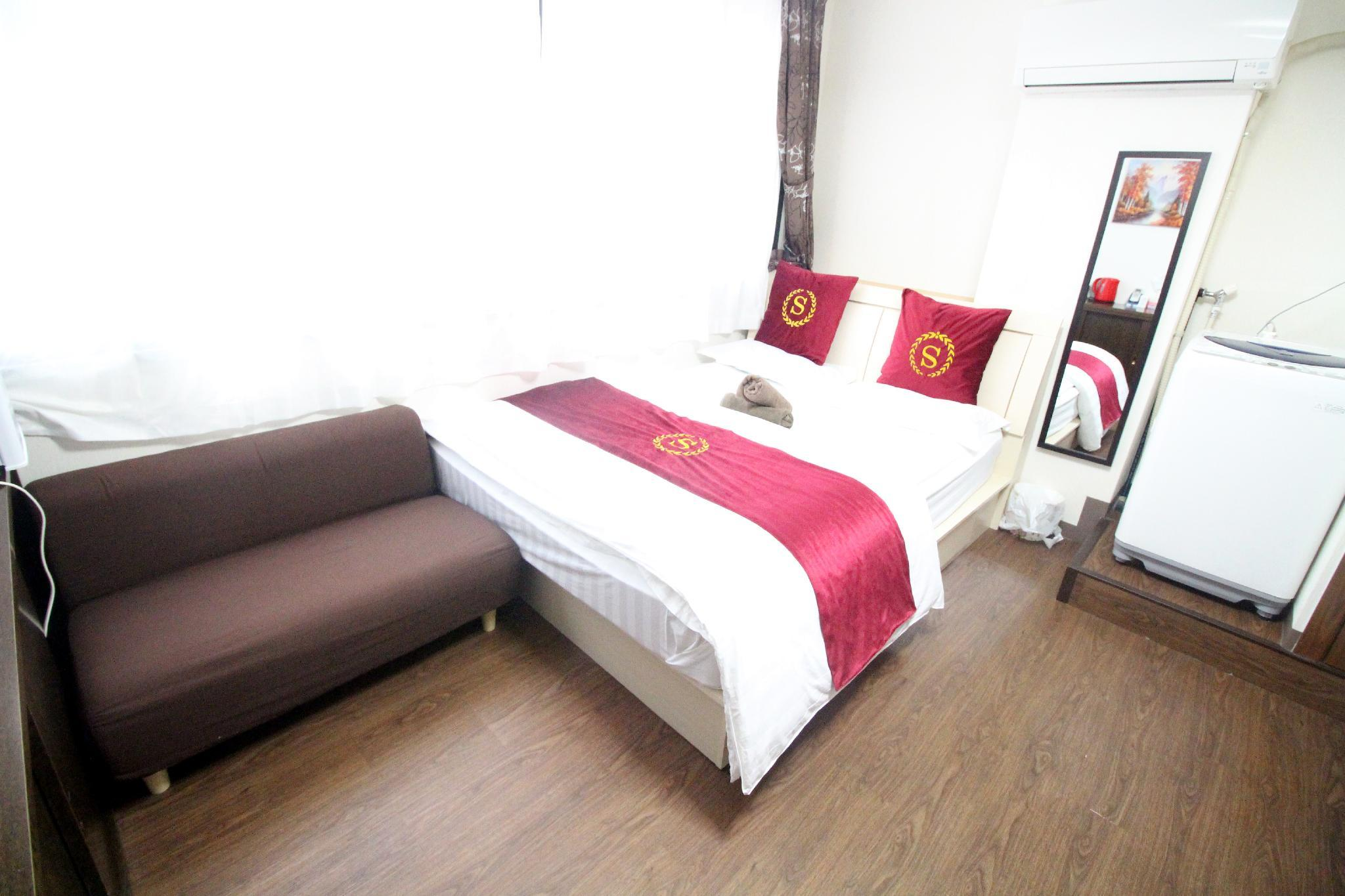 TQ23 Private Double Bed Room In Akihabara Area.