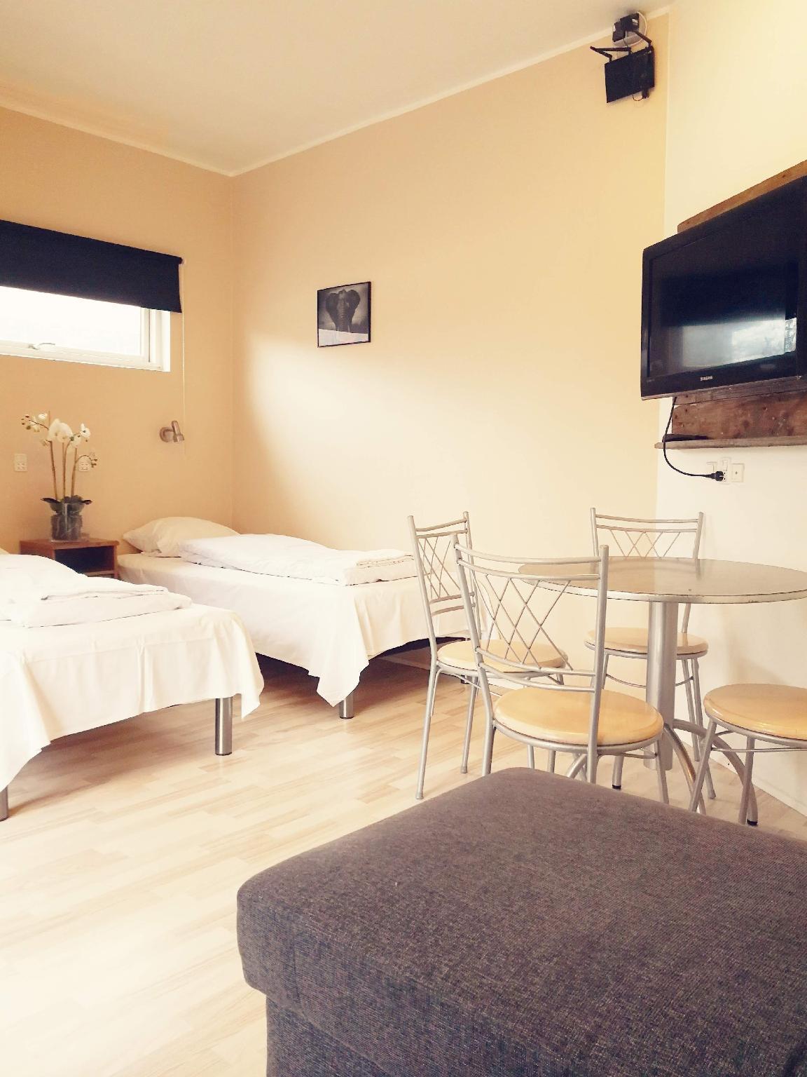Studio For 4 W private Bath & Kitchenette  Room 18