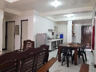 picture 1 of 2-BR Ground Floor Baguio Family Home for 6