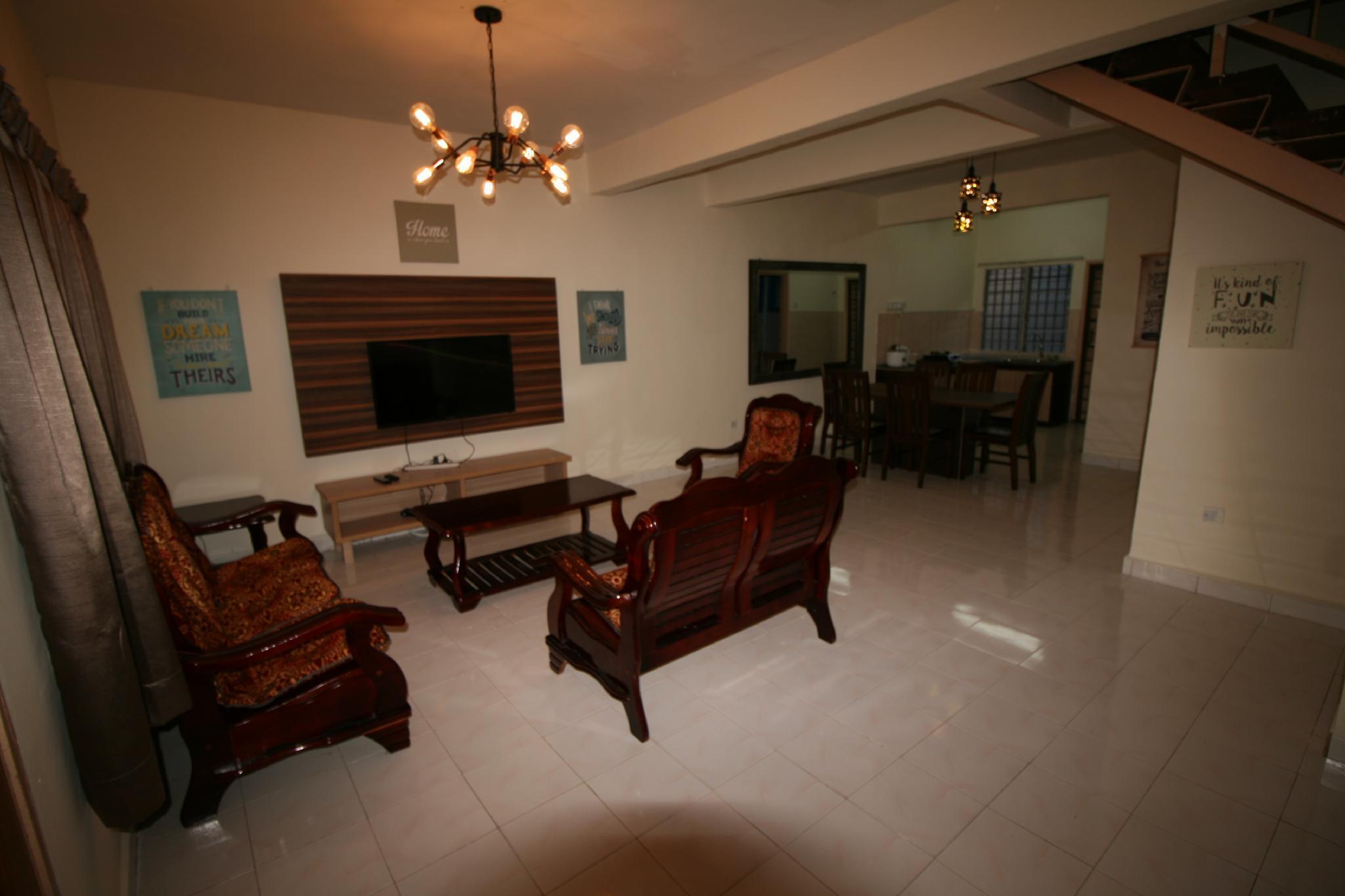 4 Room Double Story Appartment @ Tanah Ratacameron