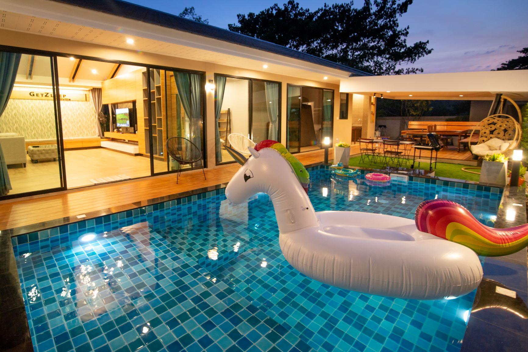 GetZleep PoolVilla Sattahip วิลลา 4 ห้องนอน 3 ห้องน้ำส่วนตัว ขนาด 530 ตร.ม. – ชายหาดสัตหีบ
